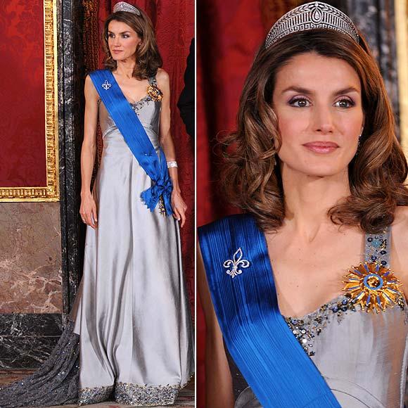 Doña Letizia vestida por Lorenzo Caprile