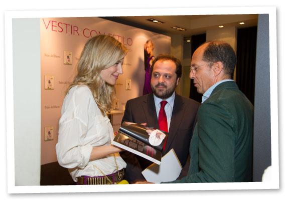 María León con Juan Carlos Escribano y César Piernavieja