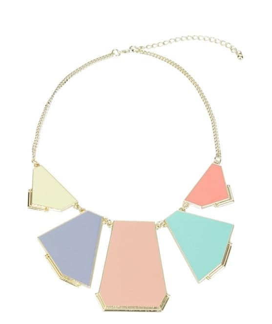 collar_placas_geom_tricas_zara