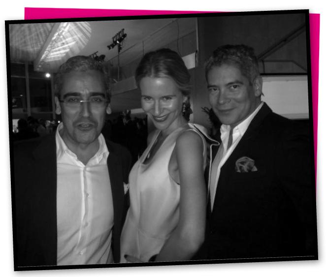 Con Jose Antonio León Capitán, dircom de Peugeot y Boris Izaguirre
