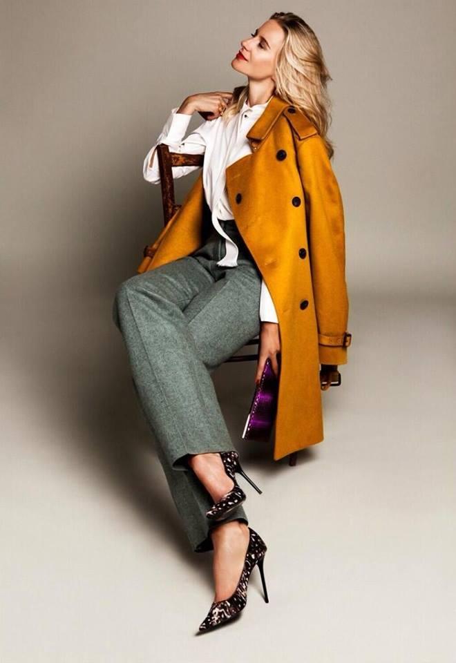 abrigo mostaza