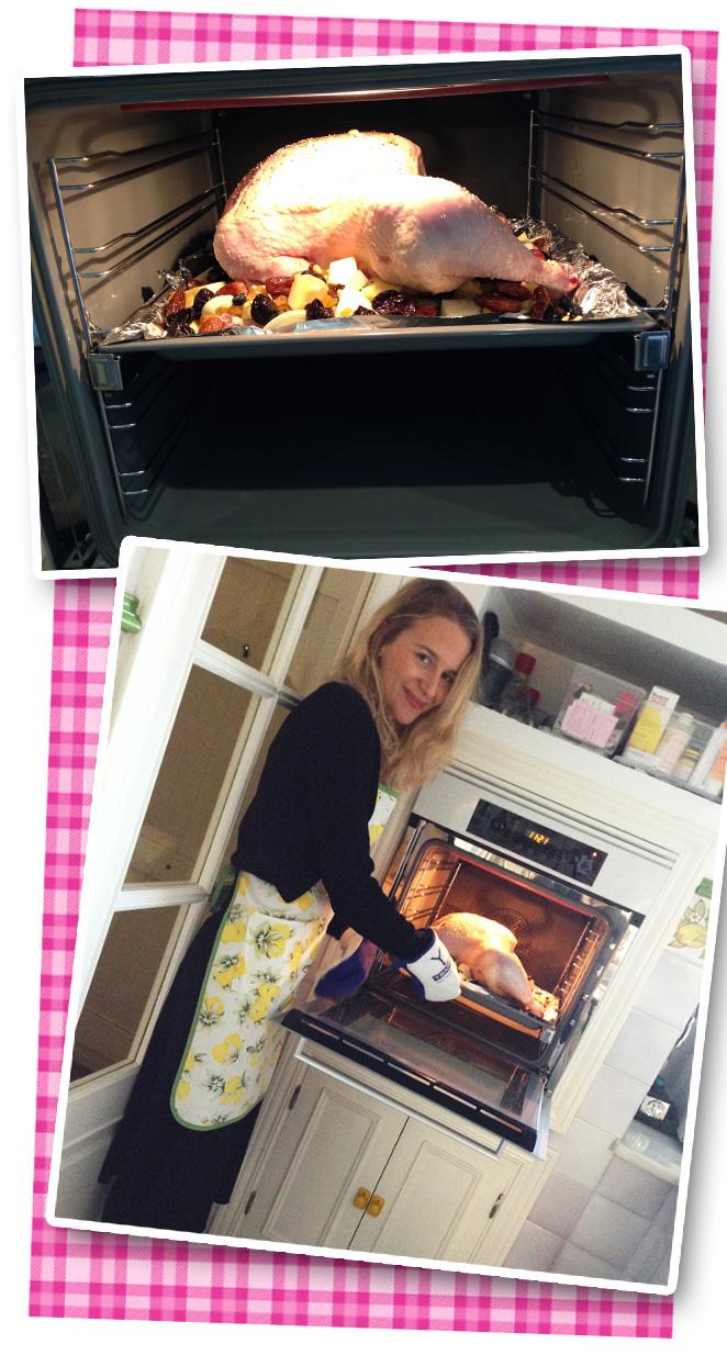 María León experimentando co el Pavo y metiéndolo al horno