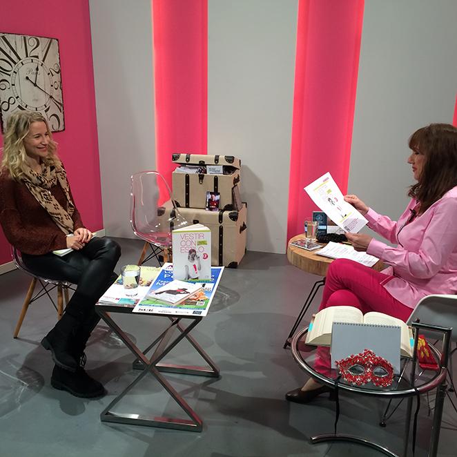 María León entrevistada por su libro vestir con estilo