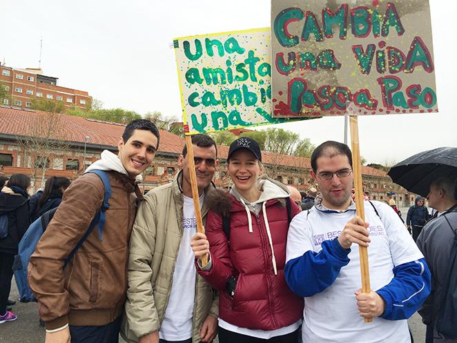 María León participando como embajadora en la marcha solidaria Best Buddies