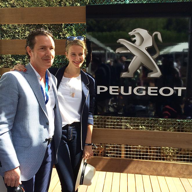 María León con Peugeot en elTorneo de Tenis Conde de Godó en Barcelona