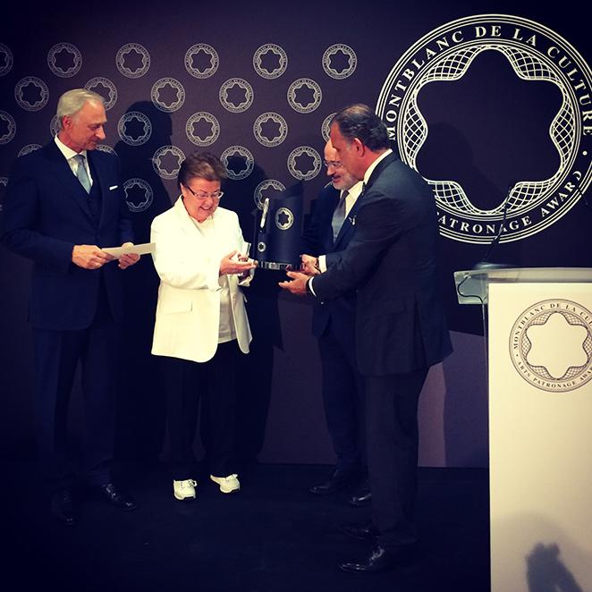 Premio Anual de Cultura, que este año recayó en la coleccionista de Arte Helga de Alvear