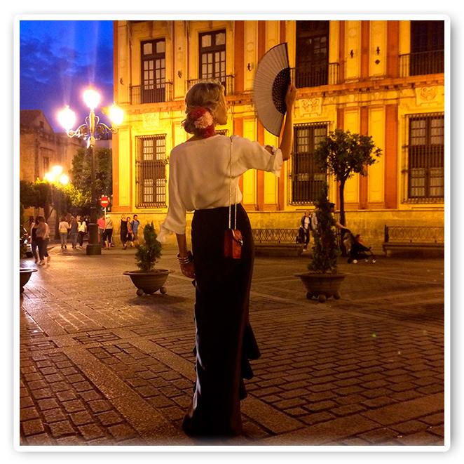 María León de noche, en la Feria de Sevilla