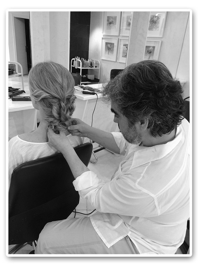En la peluquería con María León