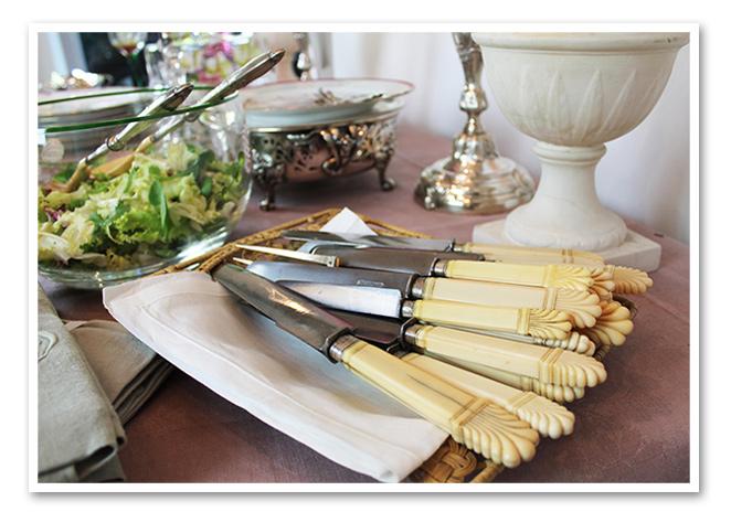 Cuchillos con mango de marfil