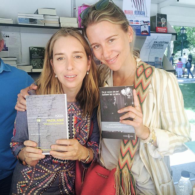 """María León con con Diana Zaforteza, gran amiga y fundadora de la editorial Alfabia que acaba de lanzar el libro """"No te vayas sin mí"""" de Álvaro de la Rica."""