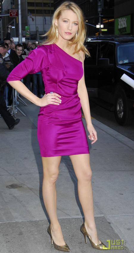 Combinaciones de color de vestido tipo el de Laura
