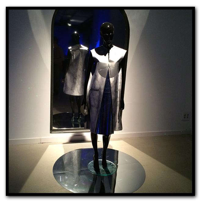 """María León en """"Bilbao Internacional Art & Fashion"""" que se ha mostrado en el Centro Cultural AlhóndigaBilbao"""