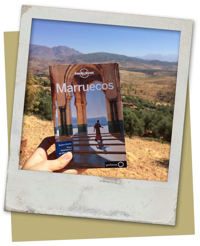 María Lonely Planet en su viaje por Marrakech