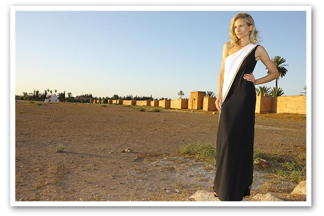 Maria Leon con vestido de Amparo Chordá y sandalias de Mas 34.