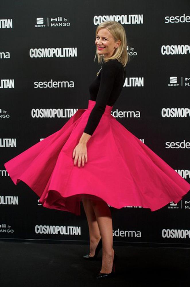 María León con gran ilusión el premio que me daba la revista Cosmopolitan como blogger del año.