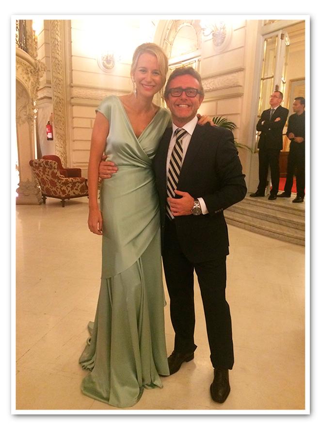 Espectacular María León preparada para la Gala que la Fundación SOS