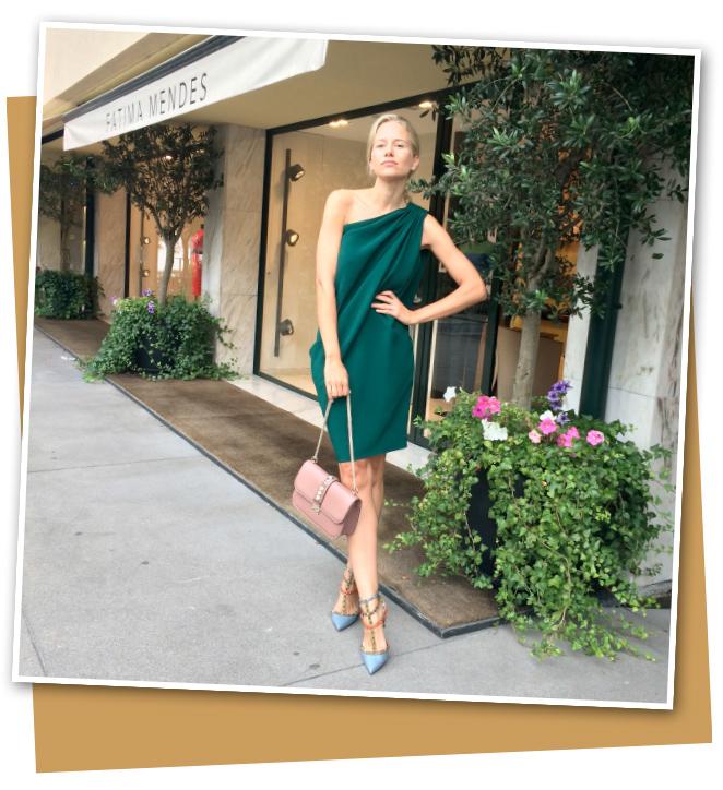 Fátima Mendes donde hay elegante selección de piezas y accesorios de marcas de primer nivel (Valentino, Celine, Dior, Lanvin…)