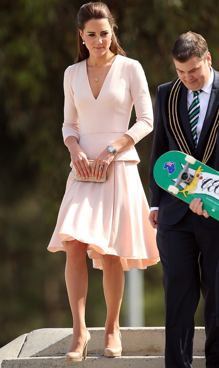 kate-middleton-pink-skirt-alexander-mcqueen-long-sleeve-top-royal-tour-of-australia-nude-trend