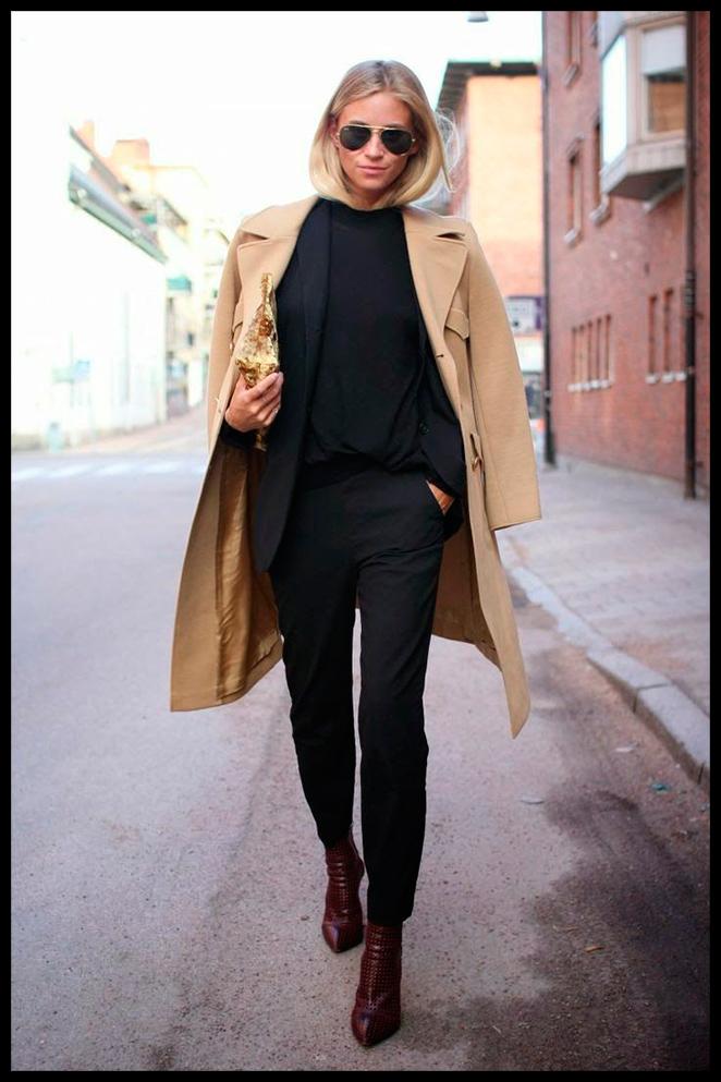Maria León con abrigo