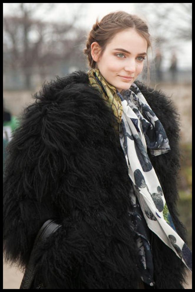 Abrigo negro Maria Leon