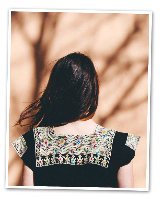Blusa modelo Larrainzar (color sujeto a disponibilidad de talla)