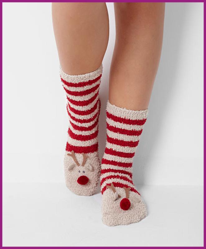 Unos calcetines navideños de Oysho