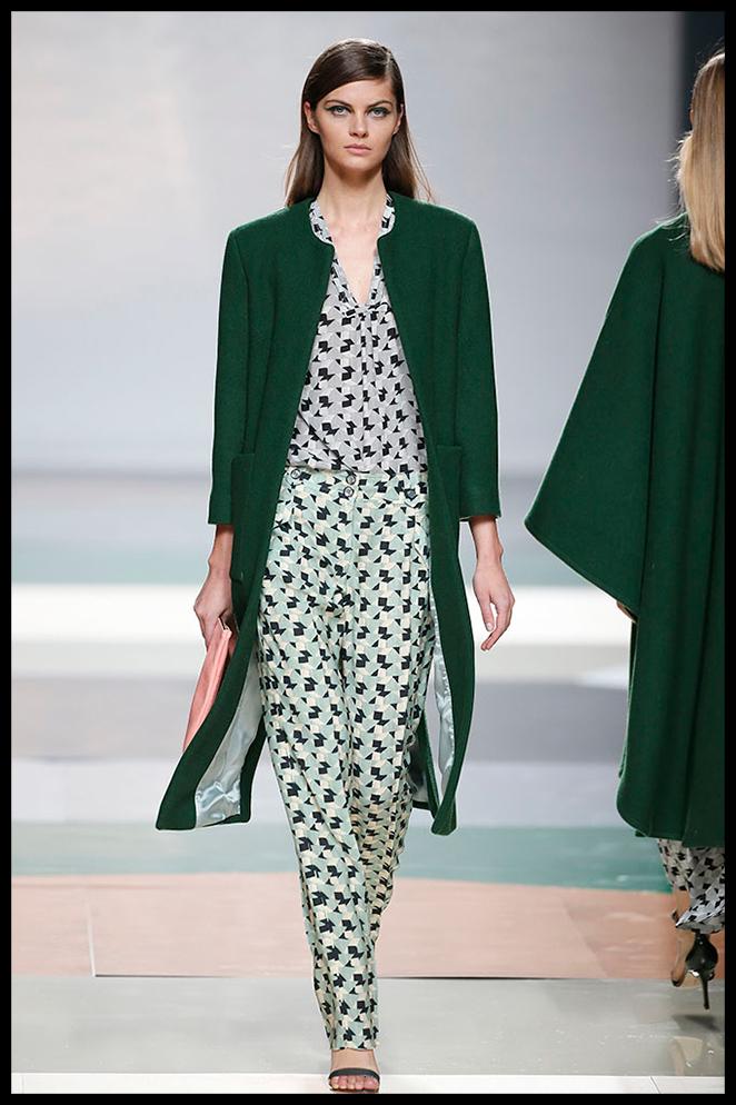 AILANTO: La combinación de los mismos estampados en seda me parece de lo más in para llevar a una cena informal con unas sandalias plateadas.