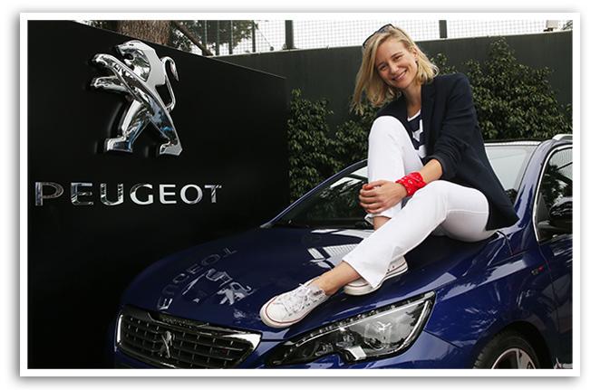 María León y el Peugeot 308 SW GT
