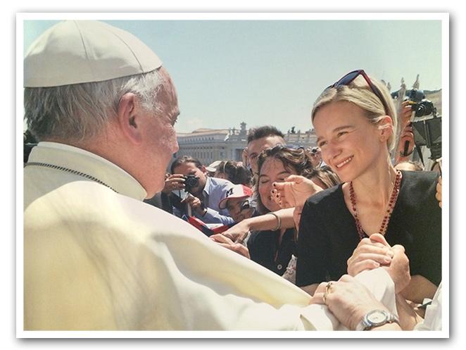 María León y el Papa Francisco I