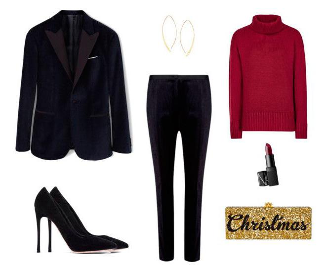 Para el día de Navidad, dale ese toque festivo combinándola en traje de chaqueta con prendas de punto en tonos granate y accesorios dorados