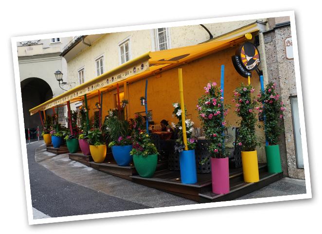 Afro Café en Bürgerspital Platz