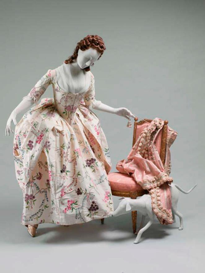 Vestido a la polonesa. Seda. Francia. Hacia 1780. Metropolitan Museum. Nueva York