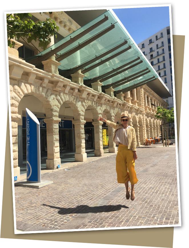 """Shopping en el Centro Comercial """"The Point"""" en Sliema donde encontraréis una gran selección de tiendas con estilo."""