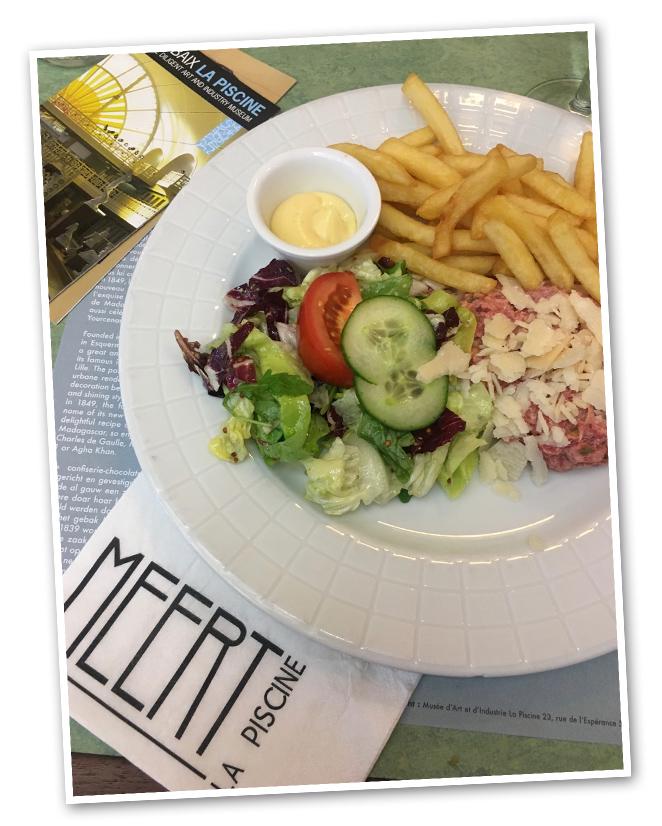 """El museo, además, cuenta con restaurante propio, Meert, donde ofrecen buena comida con toque muy francés. Cuando piso tierra francesa, no puedo resistirme a disfrutar de un buen """"Steak Tartare"""" #MadeinFrance porque realmente marca la diferencia."""