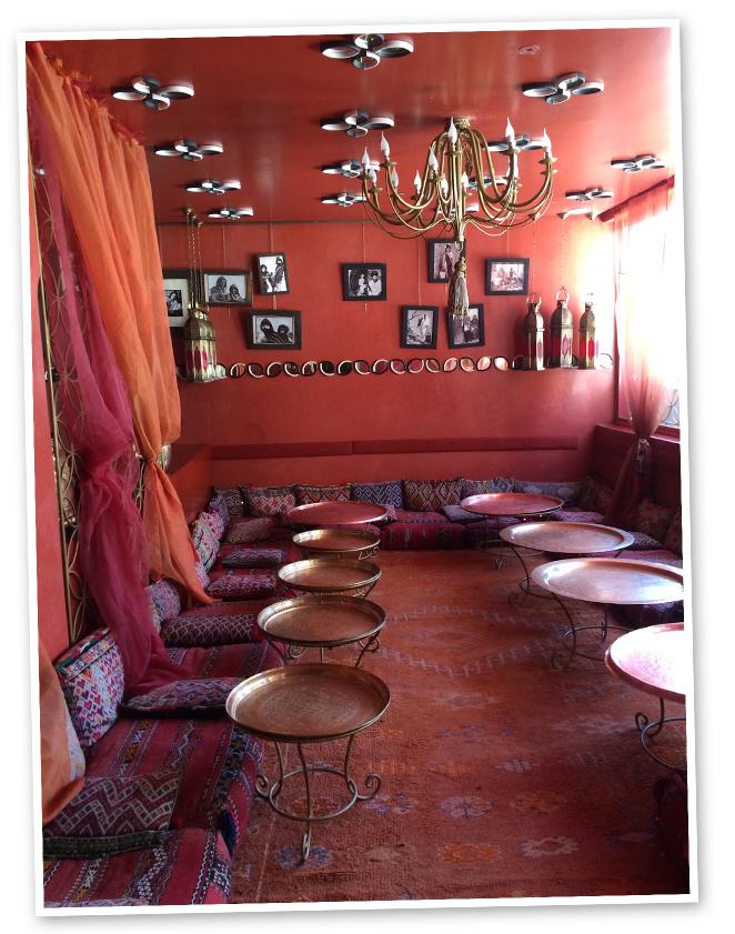 Cafe Arabeen la Medina es el lugar ideal para un almuerzo ligero de cocina marroquí con toque occidental.