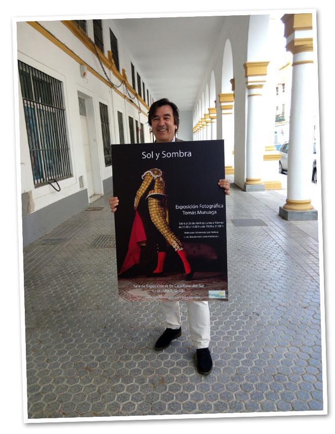 Sus fotografías son verdaderas obras de arte. Hasta el 20 de Abril se pueden admirar algunas otras de sus maravillosas fotografías en la Caja Rural de Sevilla. No os la perdáis!!