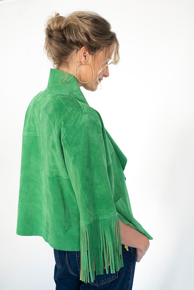 Llega la colección María de Leon Cápsula - Chaqueta verde con felcos